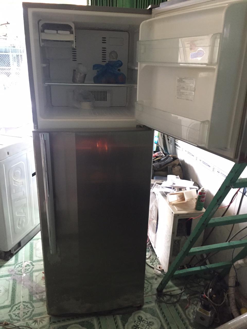Tủ lạnh SANYO AQUA 120l 95 2