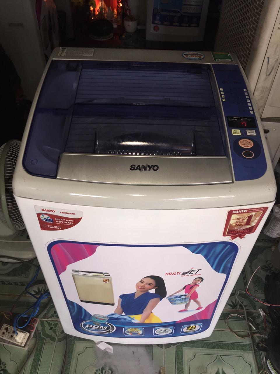 Máy Giặt Cũ Sanyo 7kg 98%-1