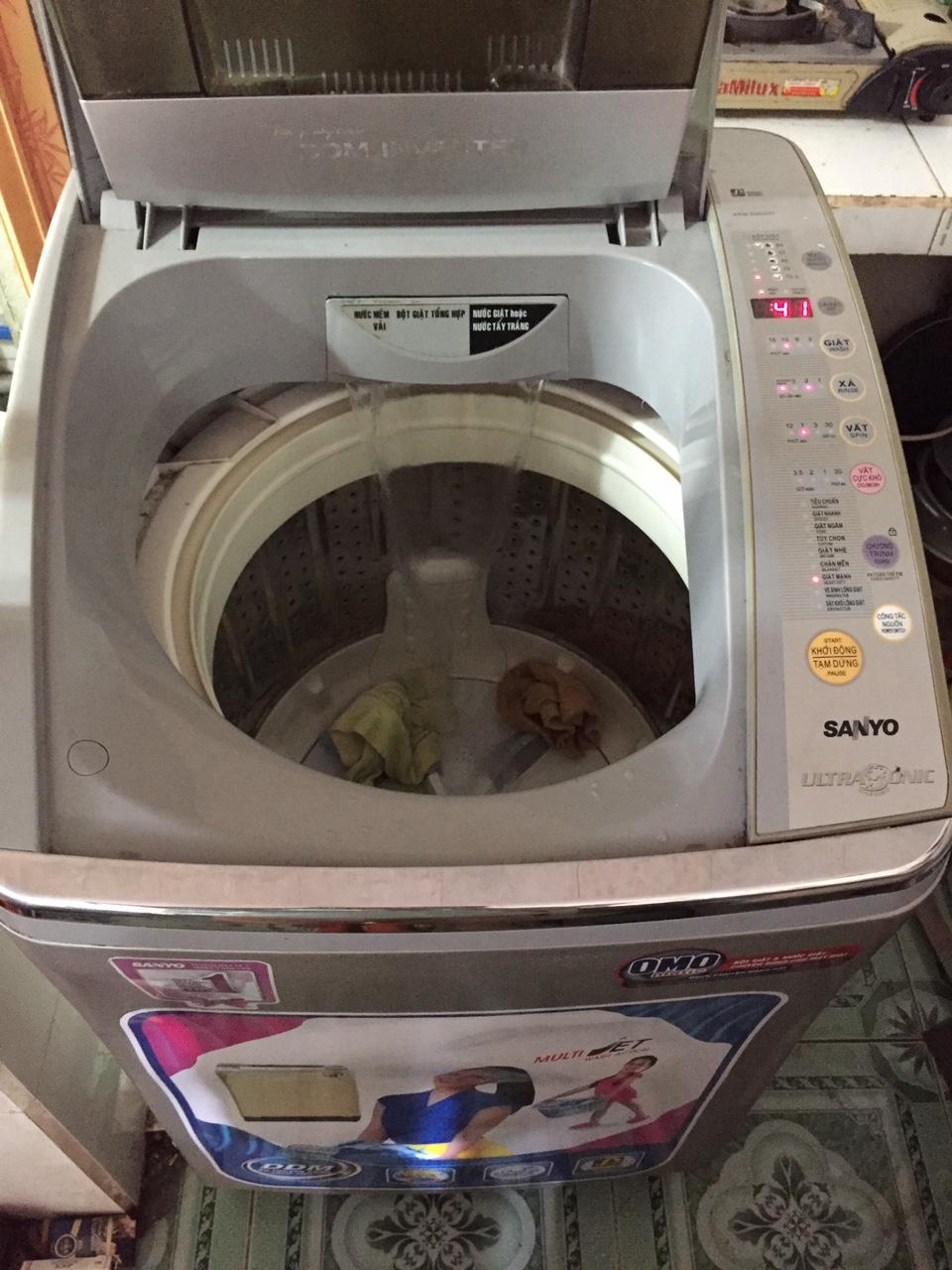 Máy Giặt Cũ Sanyo Inverter 9kg 96%-4
