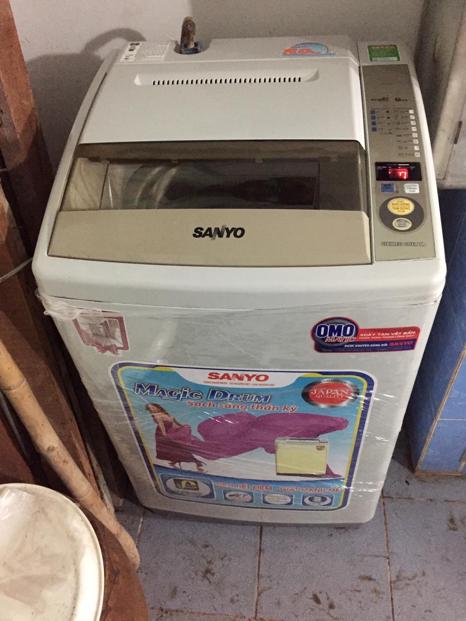 Máy Giặt Cũ Sanyo 8kg Ngoại Hình Mới 95%
